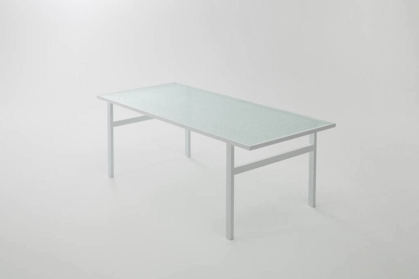 Dilmos-mosaic-glass-table01